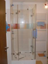 sprchový kout před dokončením