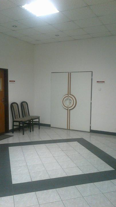 Za týmito dverami ma bude čakať nastavajúci:)