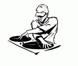DJ-ka z rádia tiež zajednaná