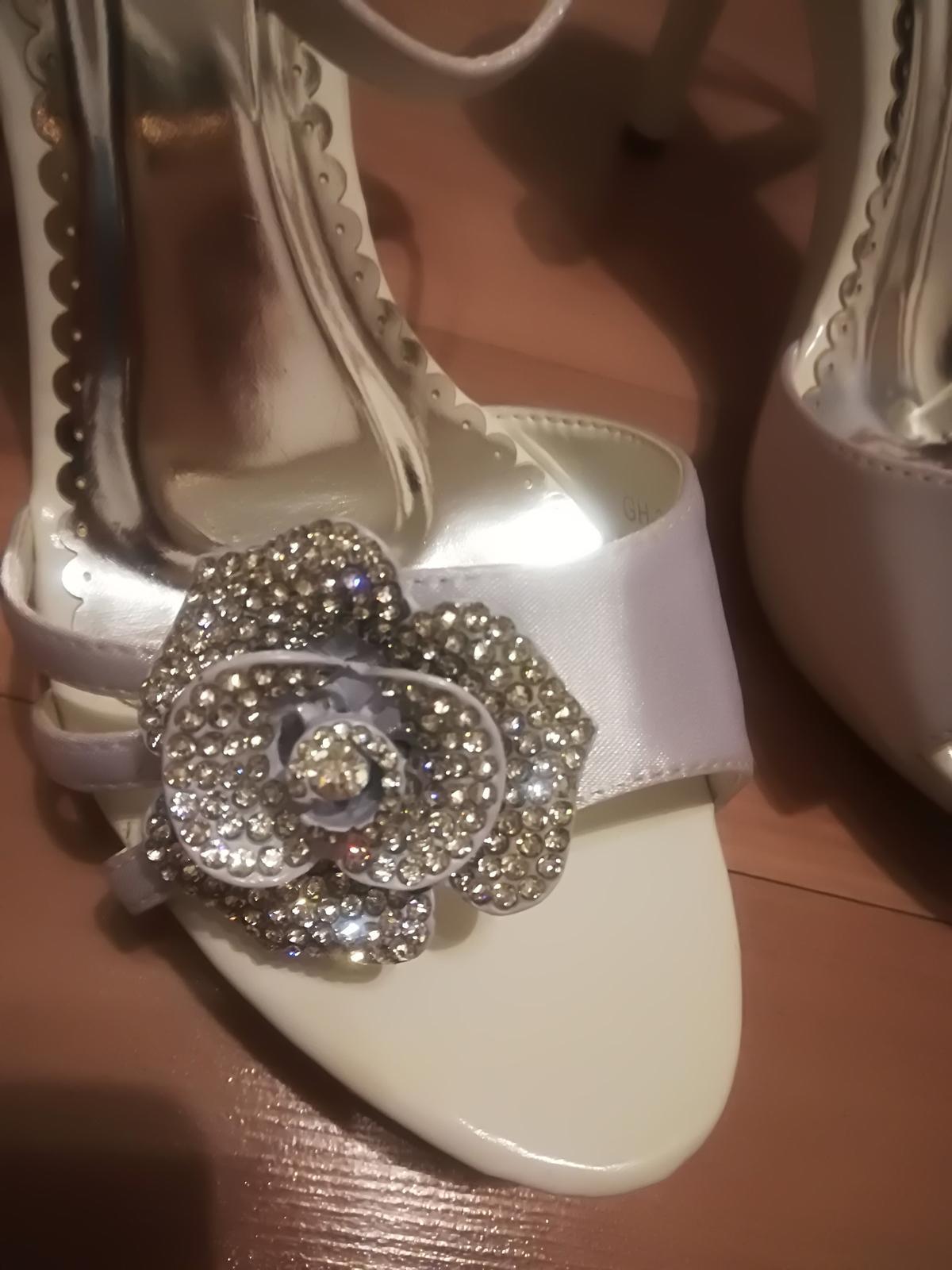 Kamienkove sandále  - Obrázok č. 1
