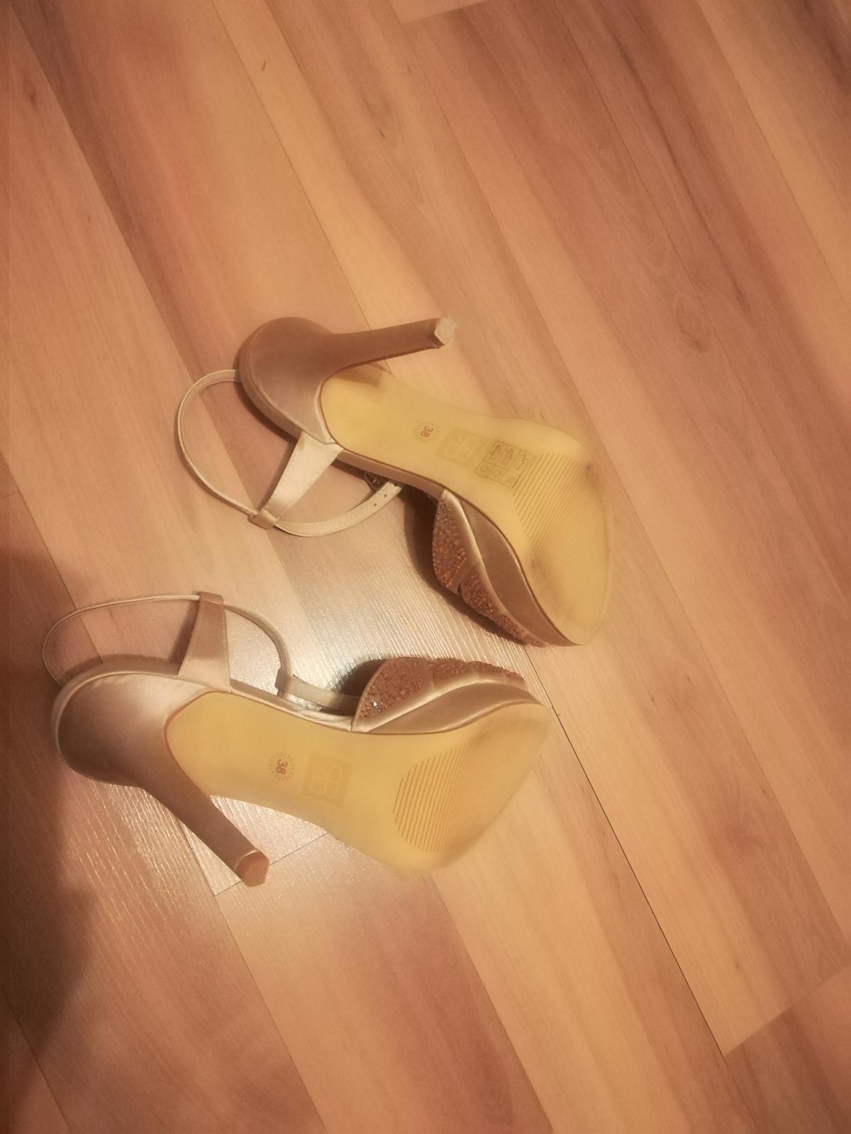 Kamienkove sandalky  - Obrázok č. 4