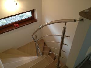 nove schodiky :) dokonale podla predstav