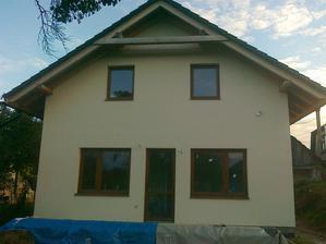 fasada.... tu este bude strecha terasy