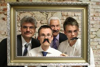 tri generace magrovcu :) a vsichni s vousama