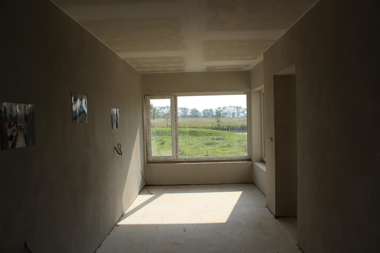 Splněný sen ... domeček - pohled z kuchyne do jidelny