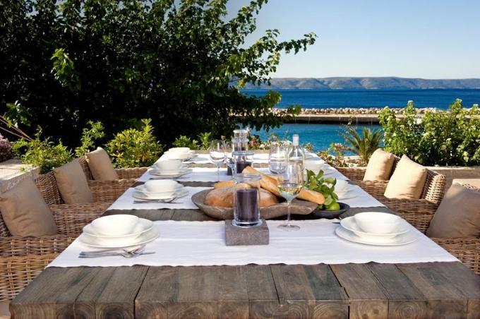 Inspirace - stolova deska na stul na terasu :)