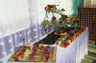 ovocny stol
