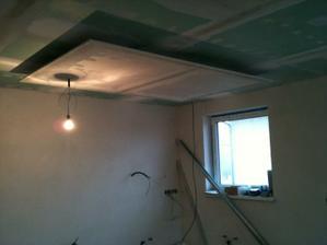 Kuchyna - znizeny strop.....