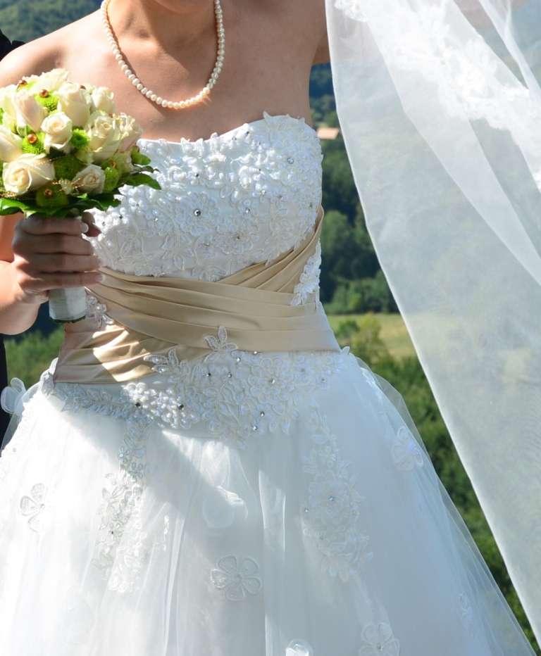 Princeznové šaty farby slonovina(ivory)+šampanské - Obrázok č. 2