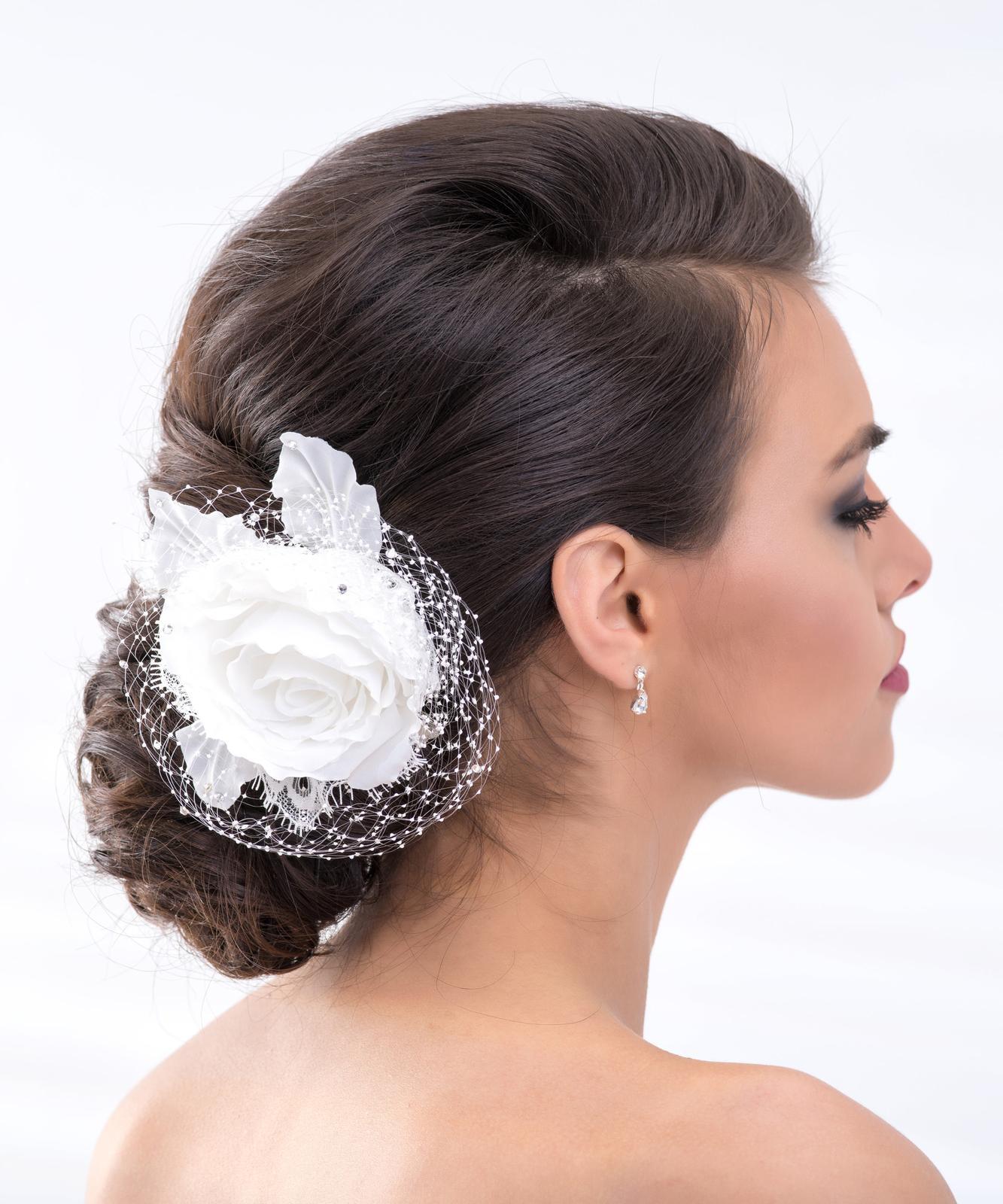 Svadobný kvet do vlasov - Obrázok č. 1