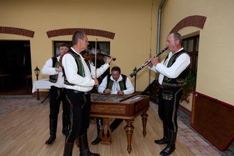 Cimbálová muzika Morava_Foto AnnaBery
