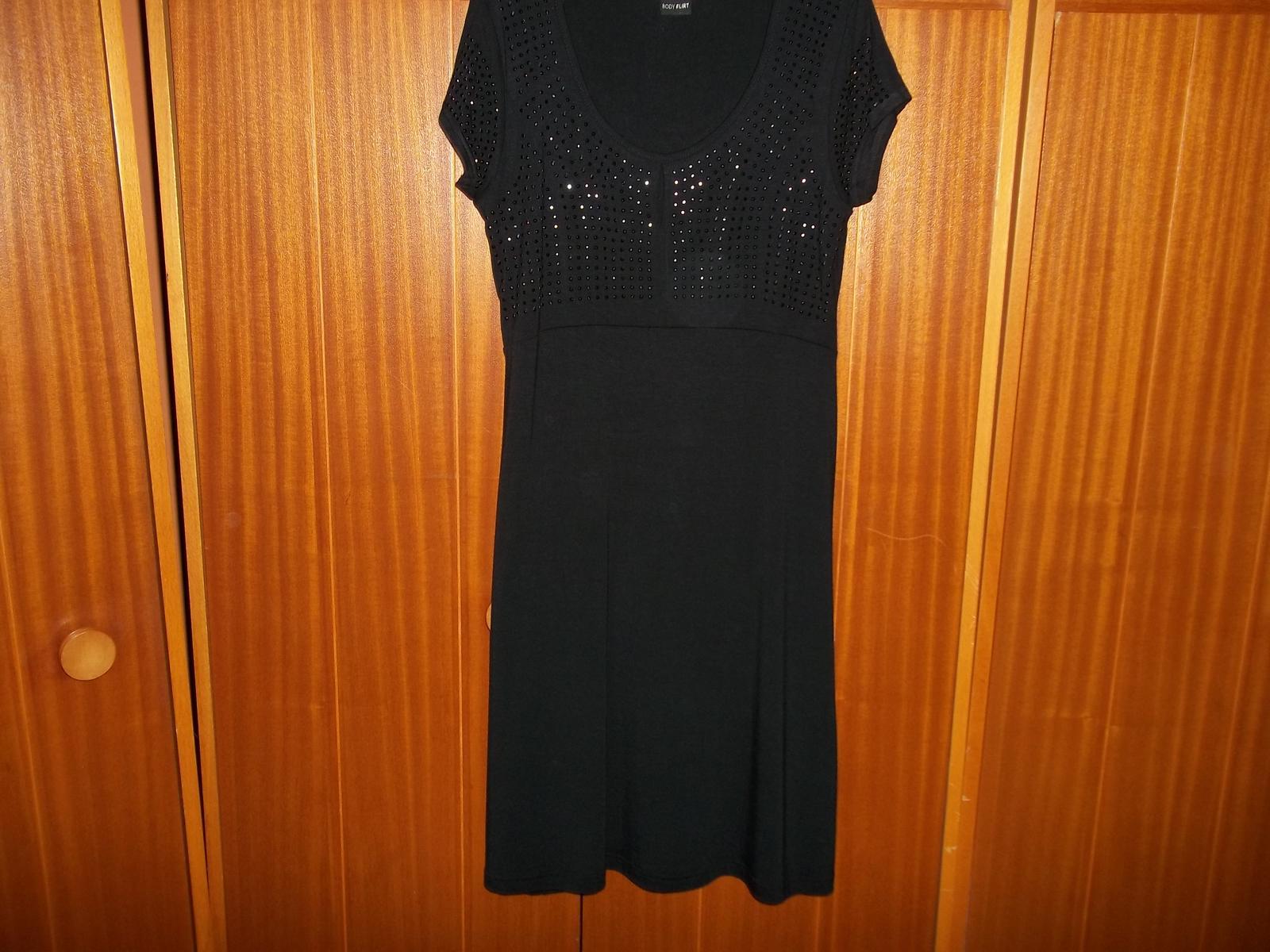 Čierne šaty,nenosené,veľ.36/38 - Obrázok č. 2