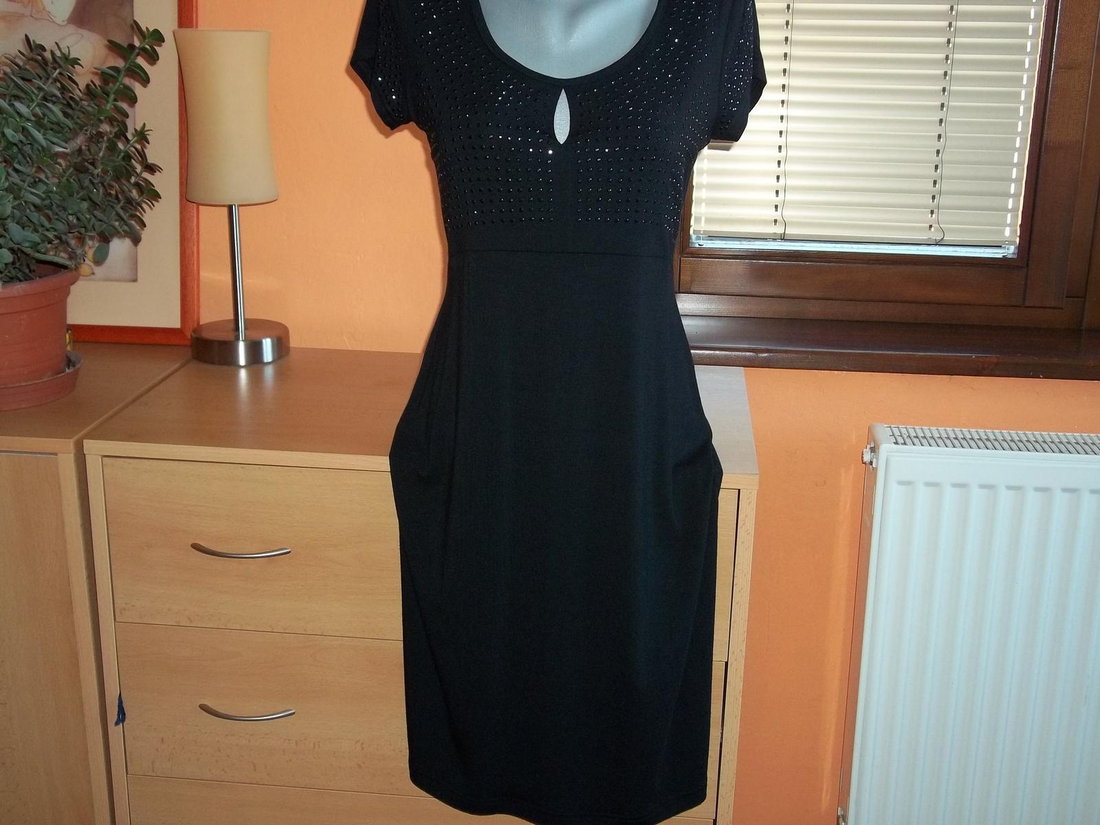 Čierne šaty,nenosené,veľ.36/38 - Obrázok č. 1