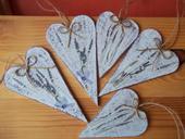 Levanduľové drevené srdiečka,