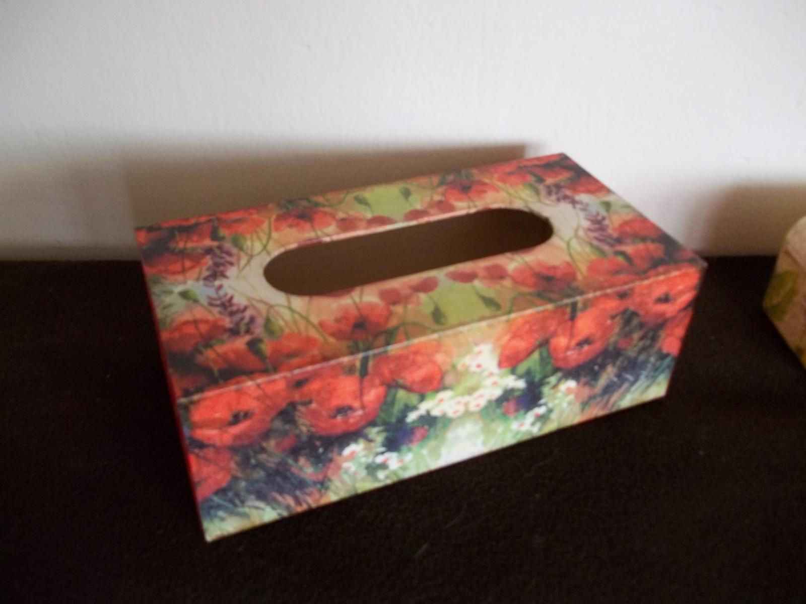 Drevená krabička na obrúsky - Obrázok č. 1