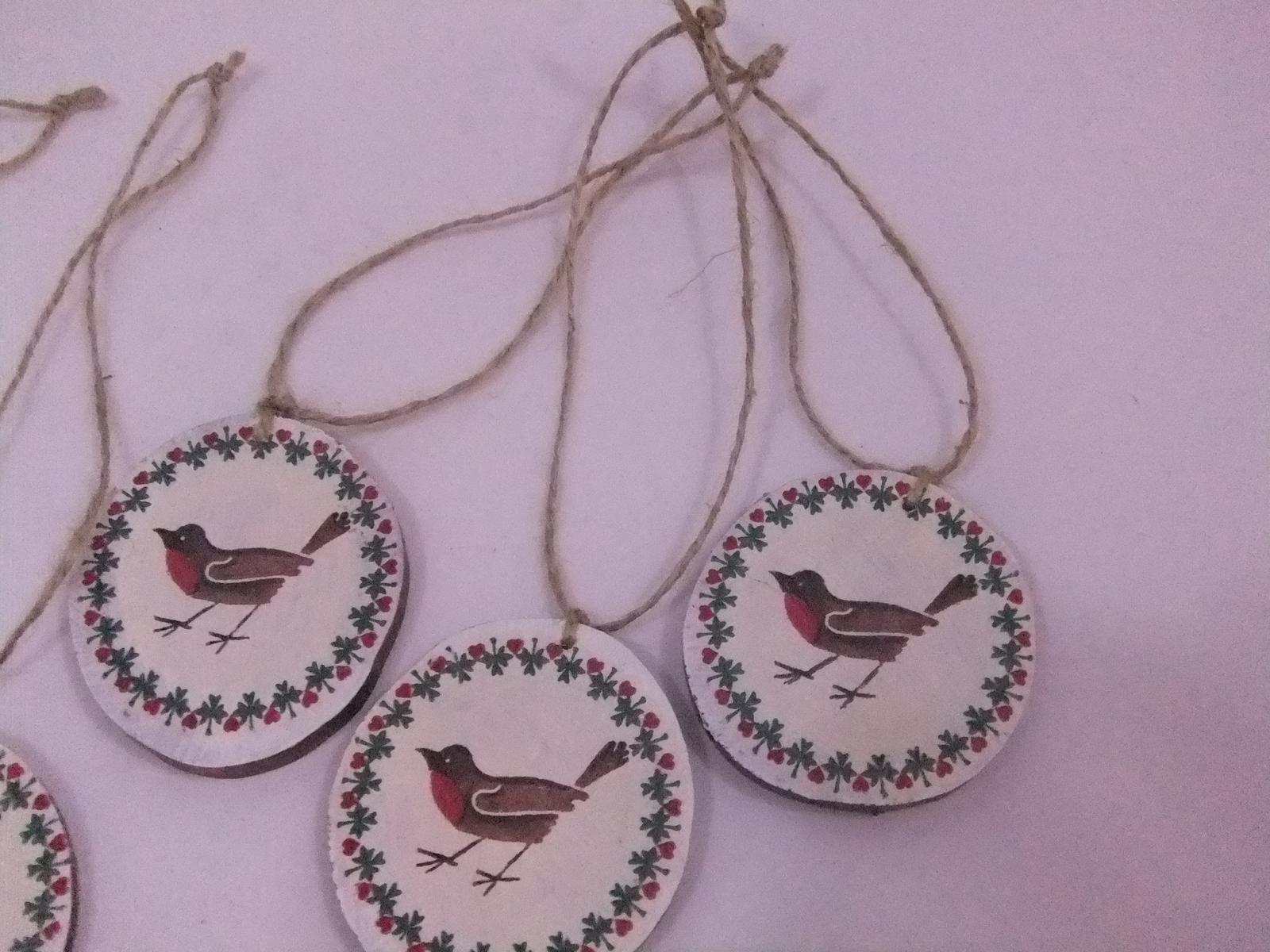 Prírodná dekorácia vtáčiky,sada 5ks s poštou - Obrázok č. 3