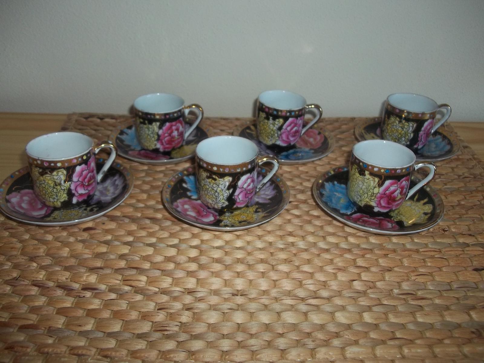 Staručké šálky z čínskeho porcelánu - Obrázok č. 1
