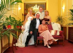 s Radkovimi rodicmi a sestrou