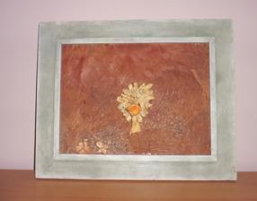 Starý rám obrazu + list z kokosu + kytička suchých rastlín + trochu fantázie a lepidla a mám nový obraz
