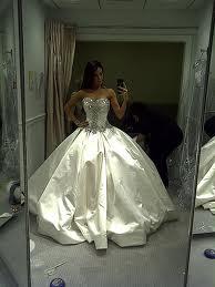 Ahojte zháňam tieto šaty... - Obrázok č. 1