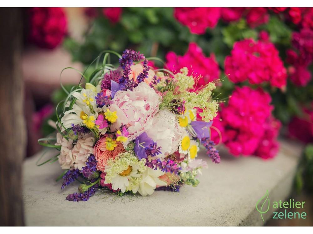Predstavujem si & tvorím - lúčne kvety kvitnúce v lete.. to je jadro mojej kytice :)