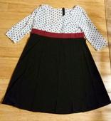 Šaty, 52
