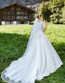 Satenové svadobné šaty, 40