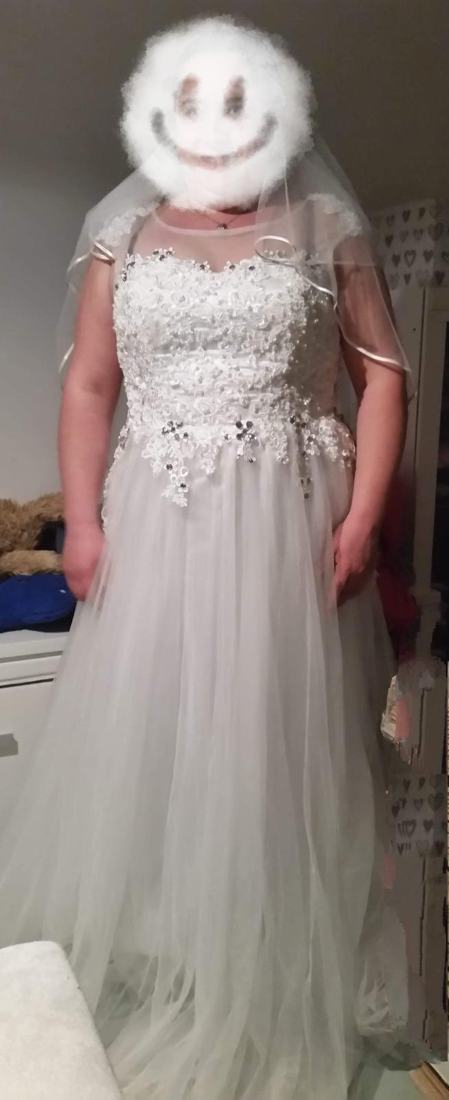 Luxusní zdobené ivory svatební šaty - Obrázek č. 1
