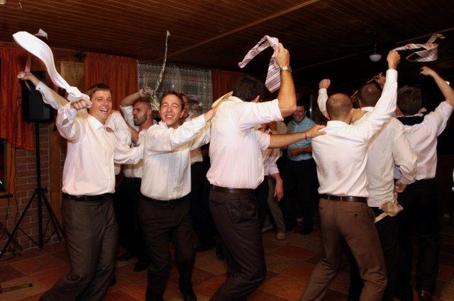 Iveta{{_AND_}}Filip - kravatový tanec