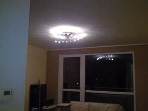 ... svietidlo v obývačke...