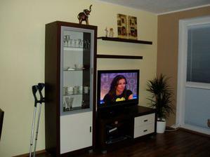 ... a dočkala som sa nábytku do obývačky... telka ešte pôjde na stenu