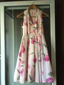 Kvietkované šaty zn. Mohito, 34