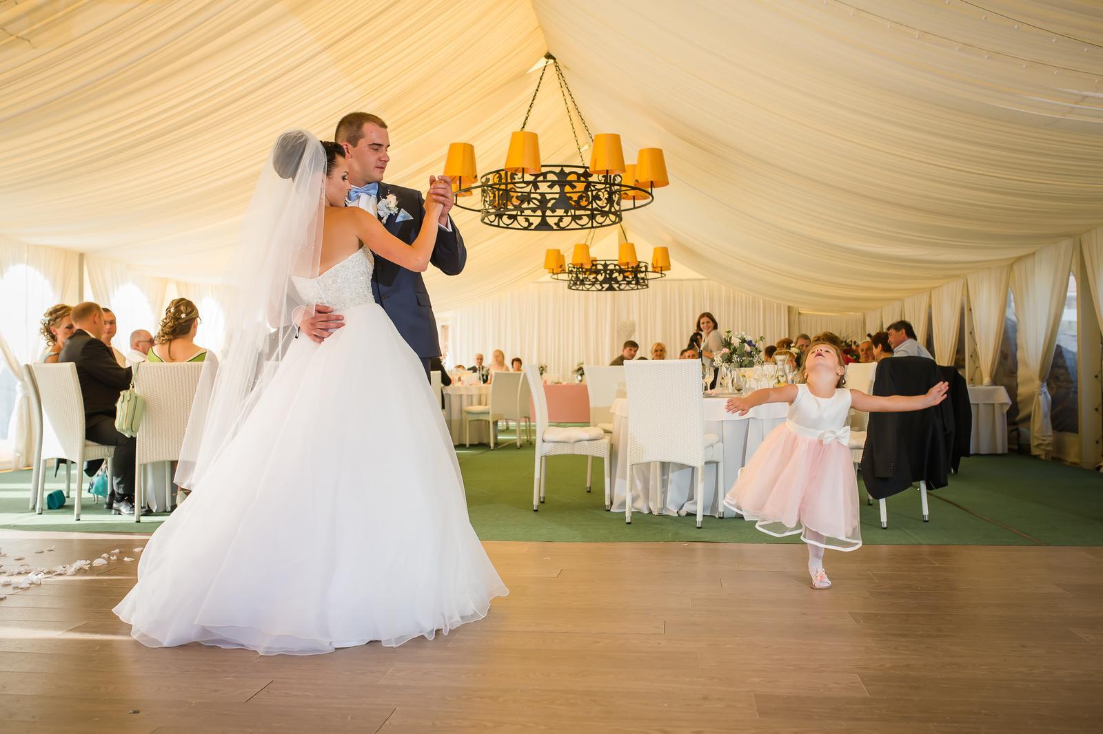 Svadobny tanec aj s... - Obrázok č. 1
