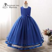 Šaty pre družičku, 152