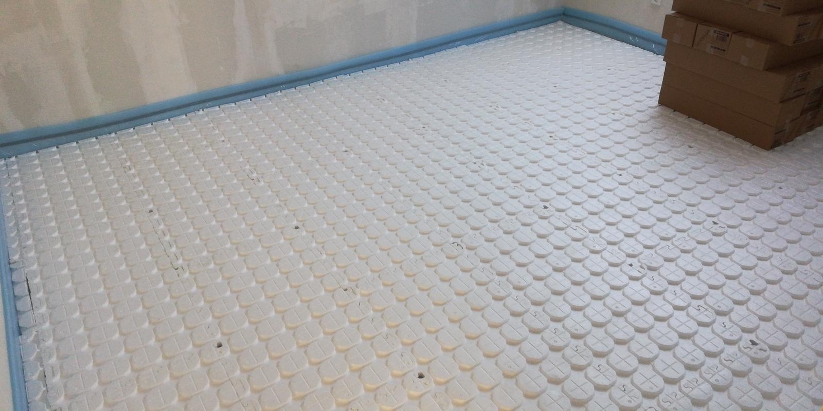 Montáž suchý systém podlahové kúrenie RD Rača - Obrázok č. 3
