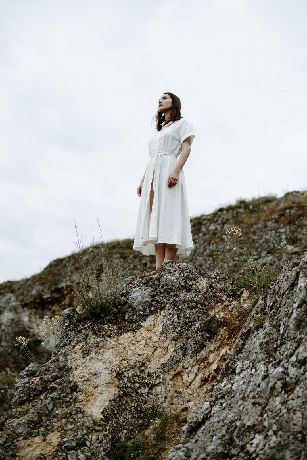 Svatební šaty nemusí být šaty ani svatební - Marie Mukařovská dress