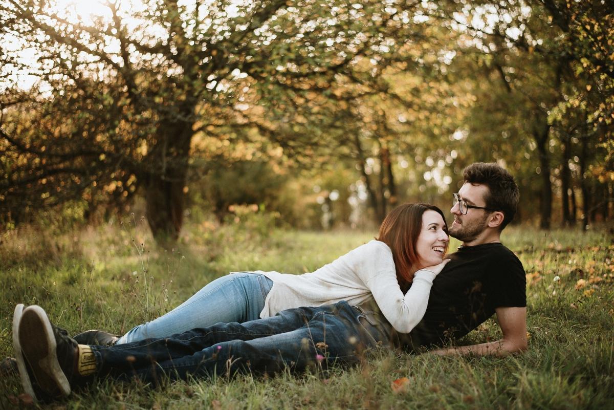 Zásnubní piknik, podzimní sluníčko, podzimní listí, pohodička - Obrázek č. 3
