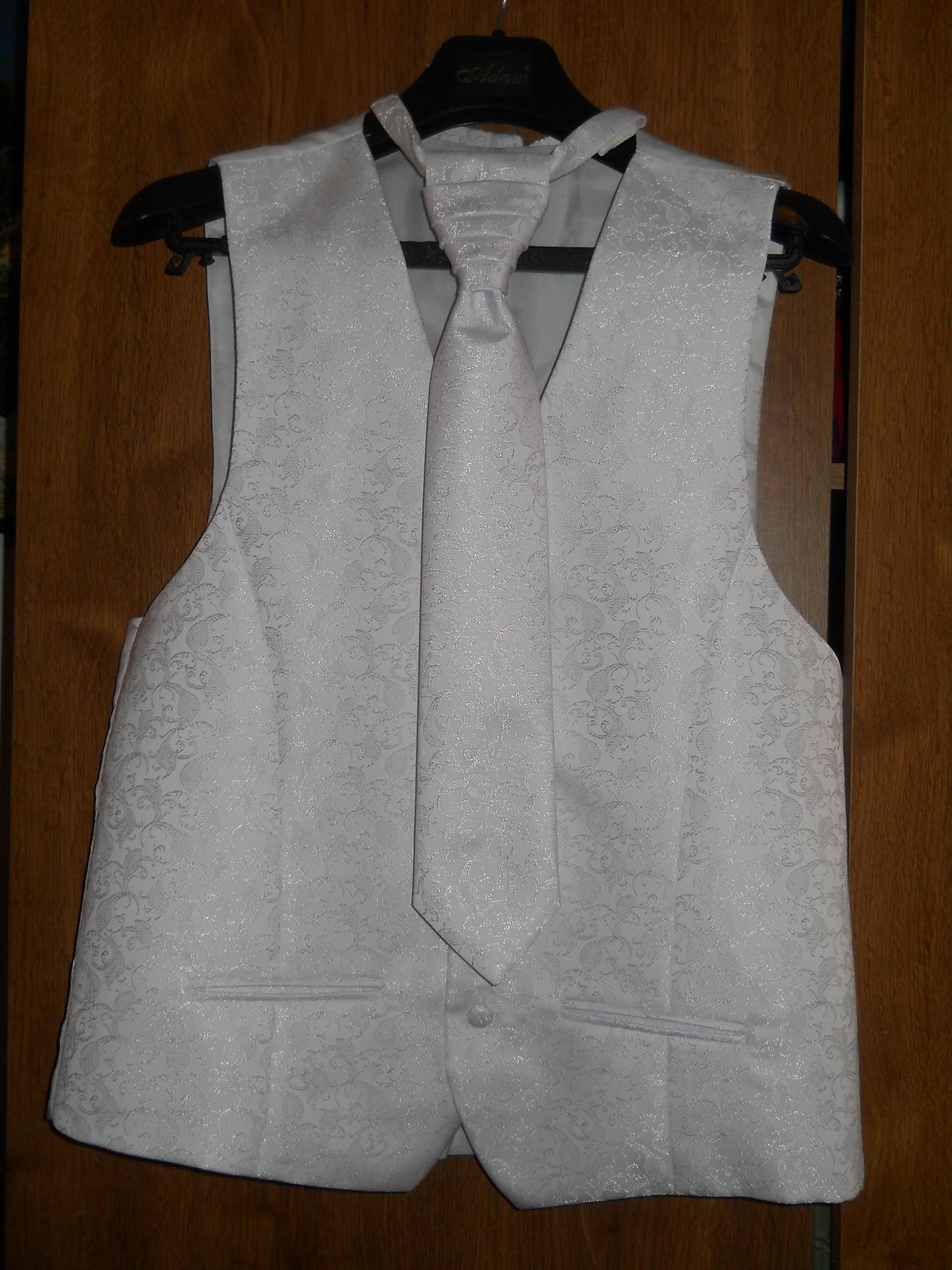 Vesta pre ženícha (s kravatou a malou vreckovkou) - Obrázok č. 1