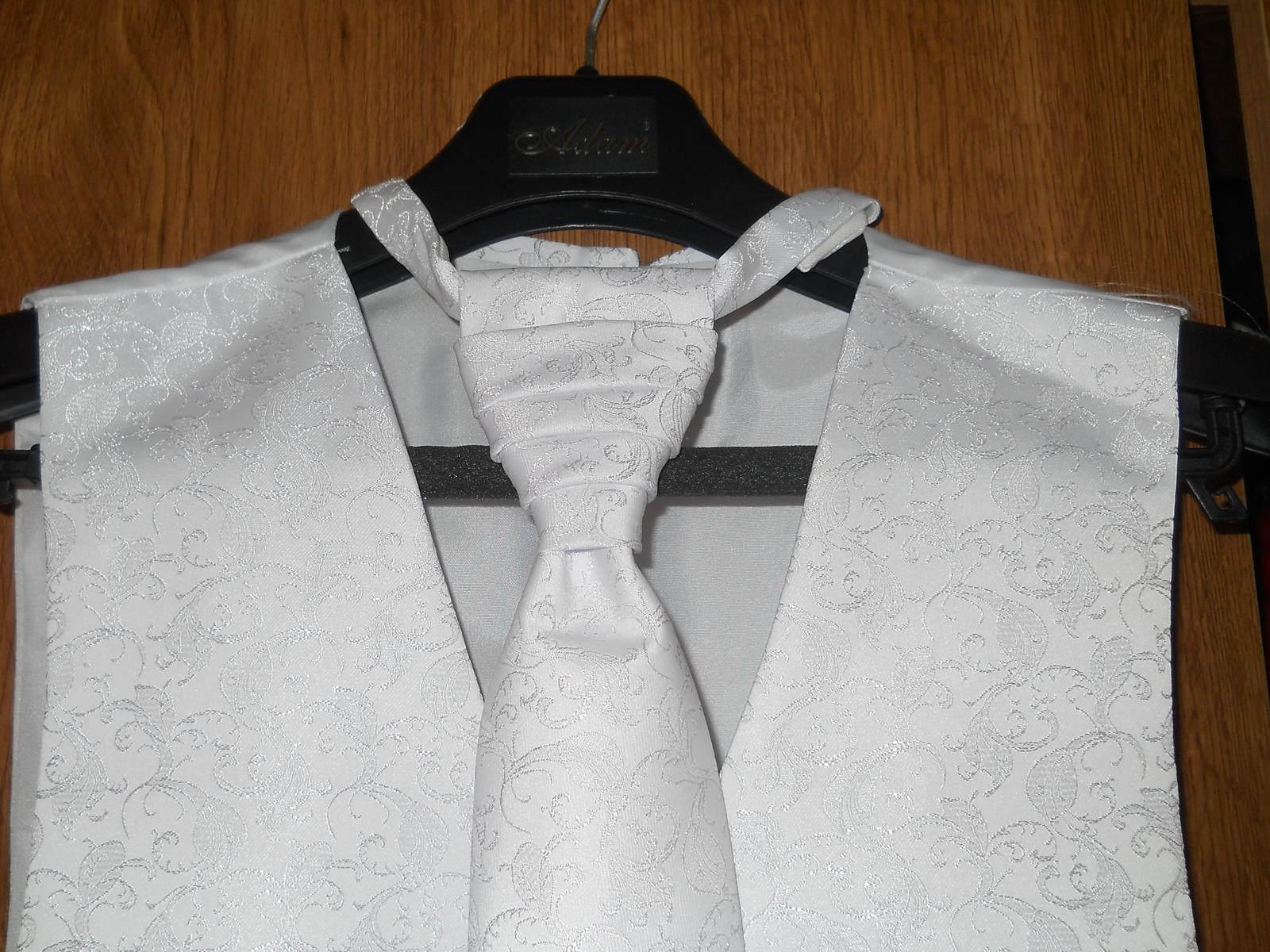 Vesta pre ženícha (s kravatou a malou vreckovkou) - Obrázok č. 2