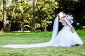 Romantické luxusní svatební šaty, 38