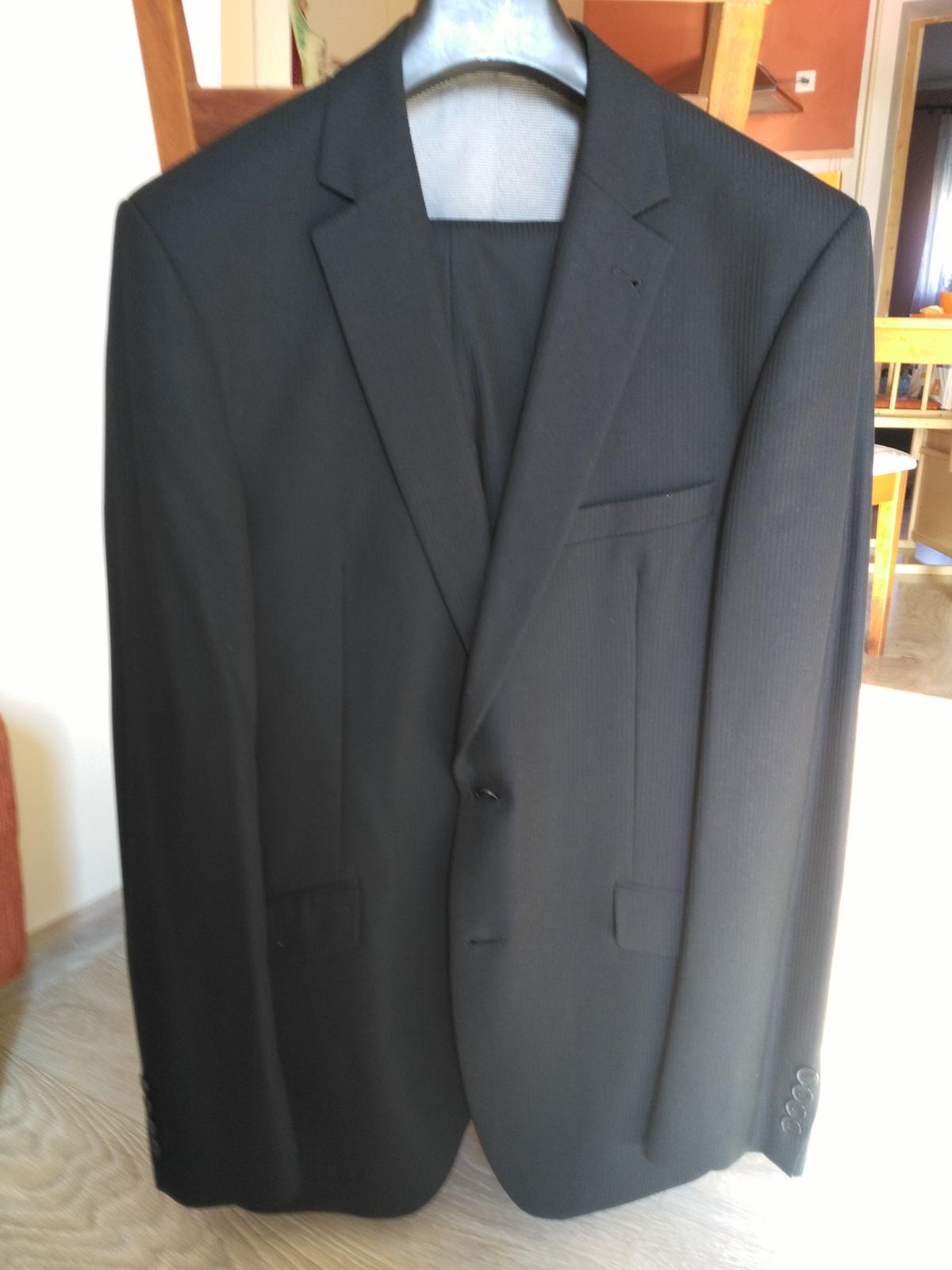 Kvalitný pánsky oblek  - Obrázok č. 4
