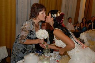 ...svadobnu kyticku som darovala mojej mame,ako vdaku za vychovanie