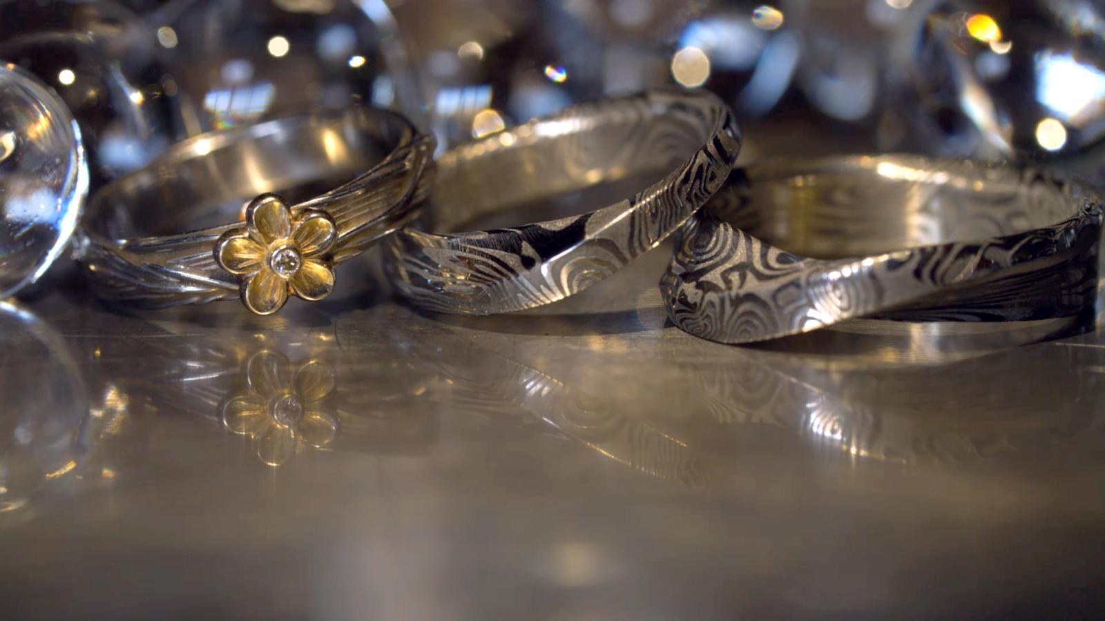 Tohle jsou naše prstýnky... - Obrázek č. 1