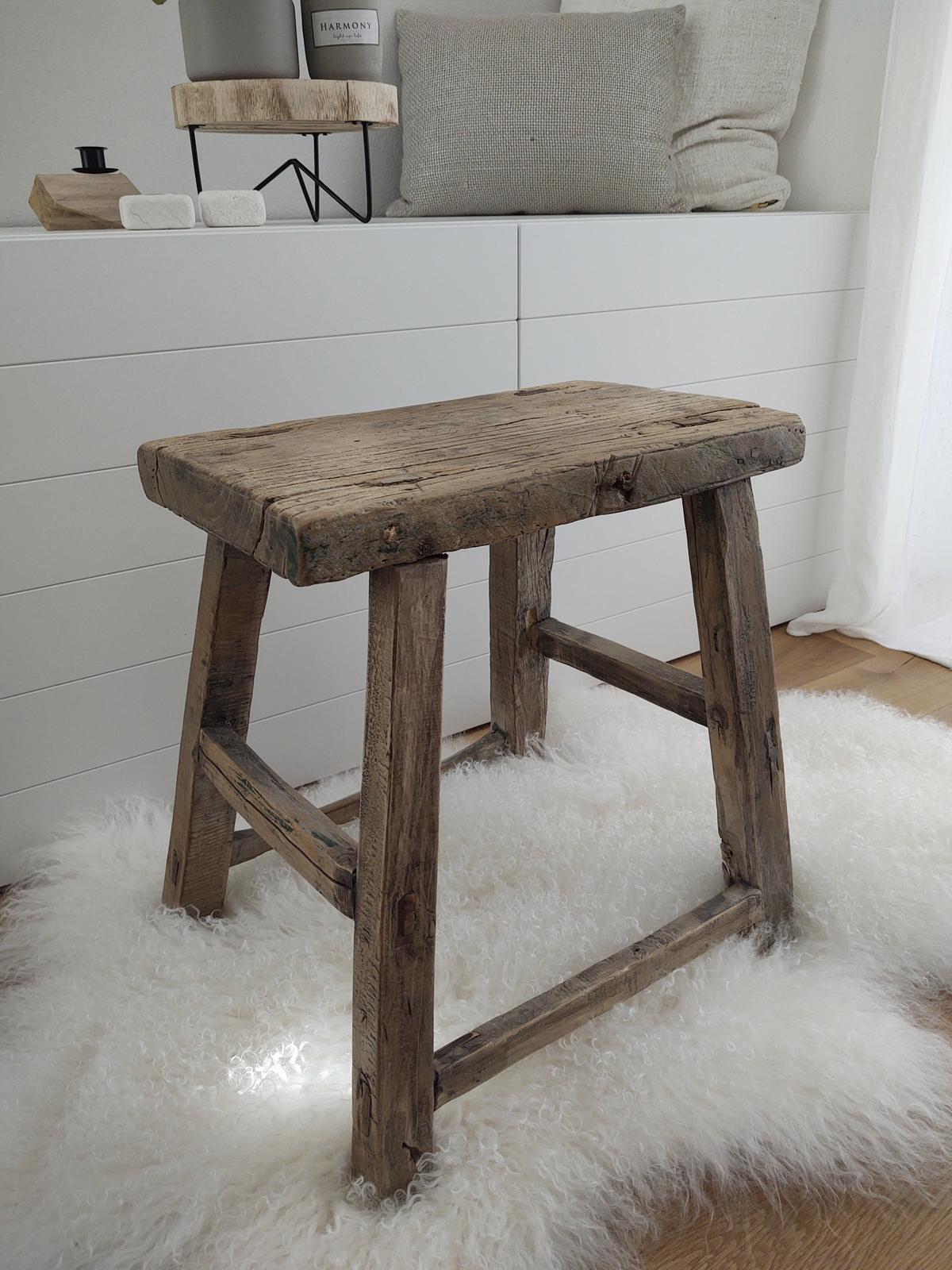 teakový stolek - Obrázek č. 1