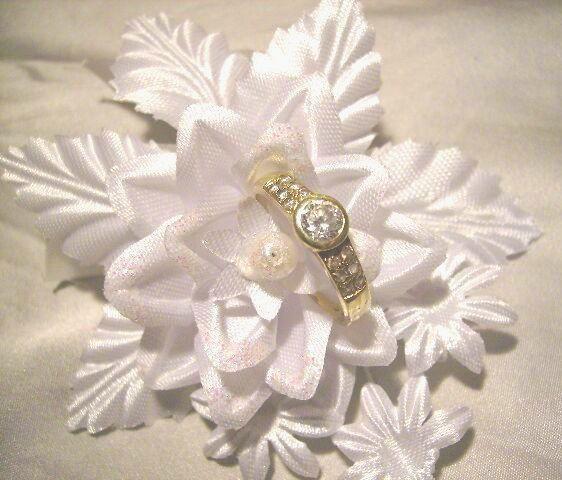Príjemné svadobné starosti :-) - môj zásnubný prsteň