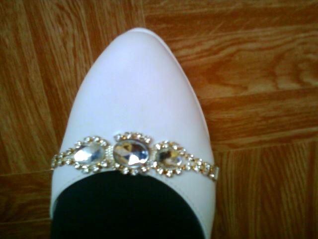 Príjemné svadobné starosti :-) - moje svadobne topanky