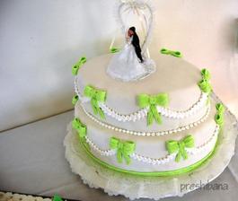 torta od zlatej mamky a ocka-ovalna a vyborna