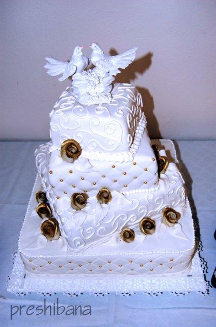 Alenka Vaľková{{_AND_}}Patrik Majerčák - torta od babky