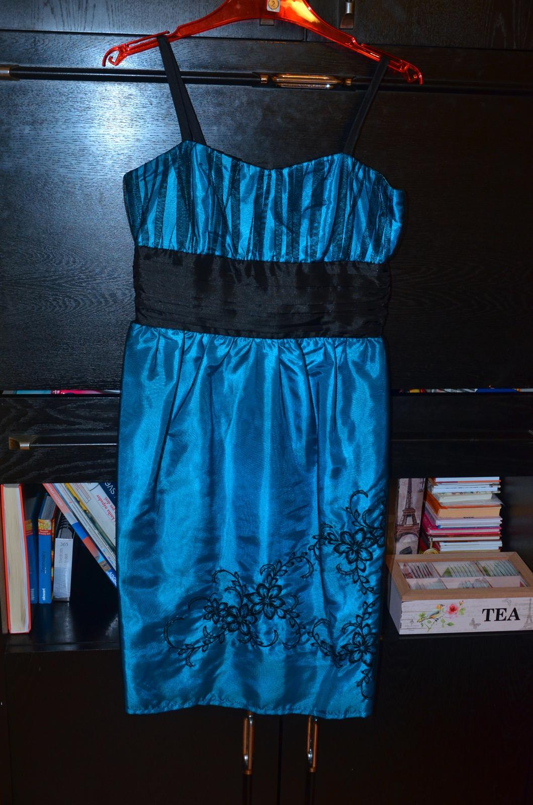 Krátke spoločenské šaty tyrkysovej farby - Obrázok č. 1