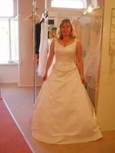 moje svadobné šaty..skúška..4dni pred svadbou..už je po tom..
